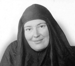 1-Mere-Marie-Skobstsov